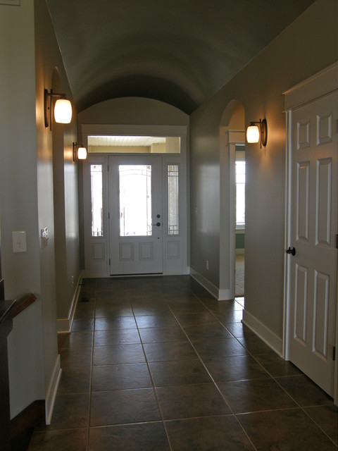 PARADE OF HOMES traditional-entry