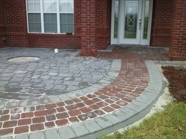 Pavers traditional-entry