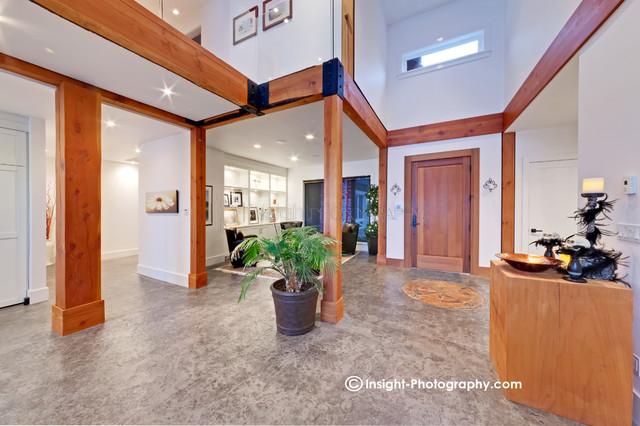 Pinnacle Homes contemporary-entry