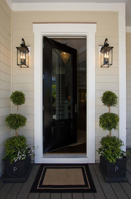 Spring Time Porch Decor Inspiration - Recreate this look! #decor #exterior #porch