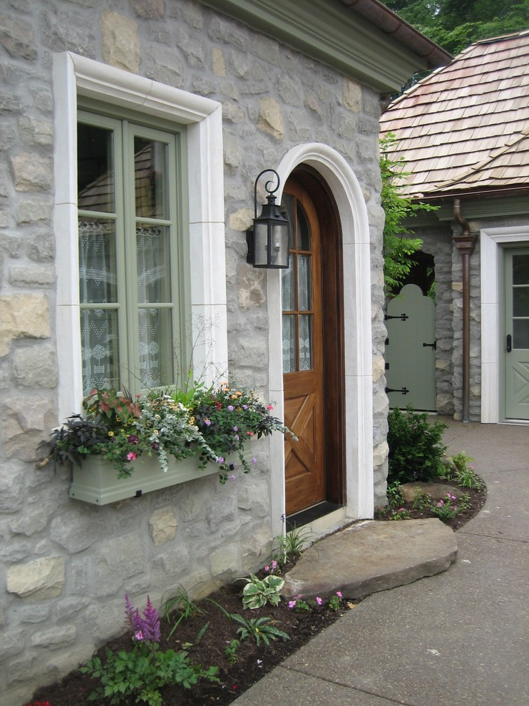 Elegant entryway photo in Other