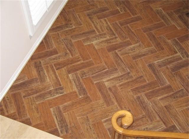 Porcelian floor tile