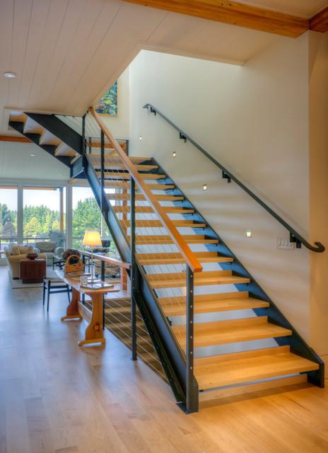 Port Madison Residence modern-entry