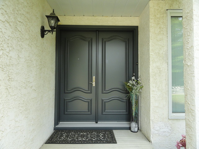 Portatec Edgemont Traditional Entry Calgary By SIS Exterior