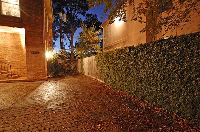 Potomac House contemporary-entry
