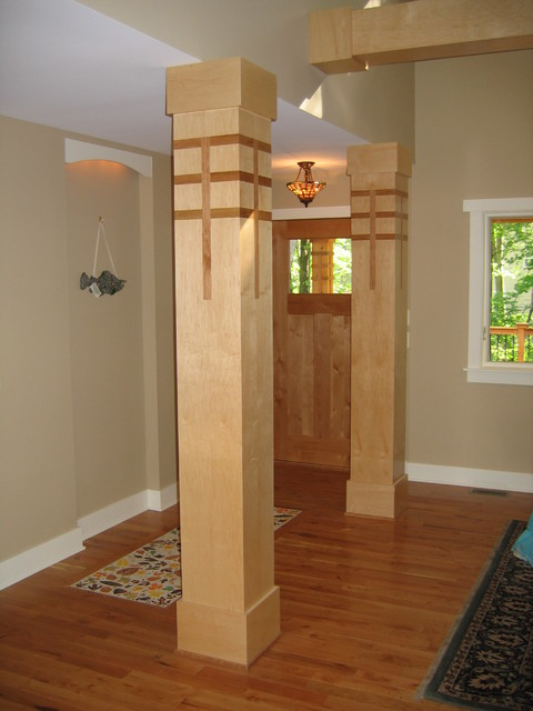 Prairie Style Contemporary Entry Grand
