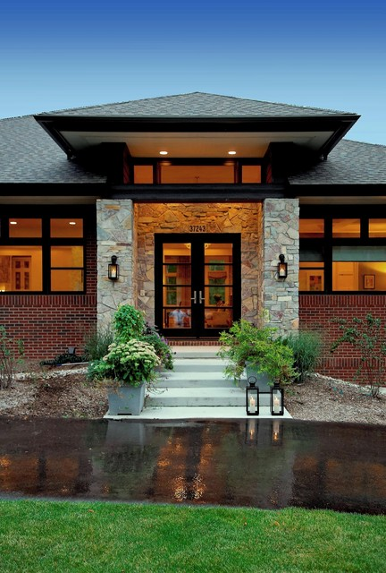 Prairie Style Home Contemporary Entry Detroit By