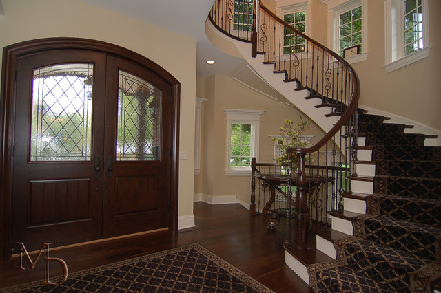 Private Residence traditional-entry
