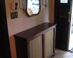 Radiator Covers traditional-entry
