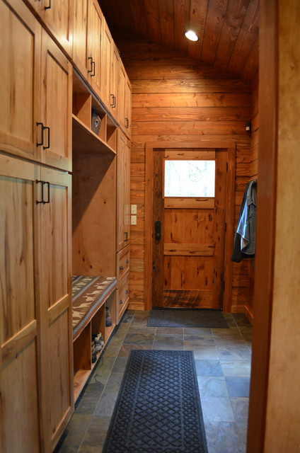 Rustic Cabin EntryMudroom Entry Portland