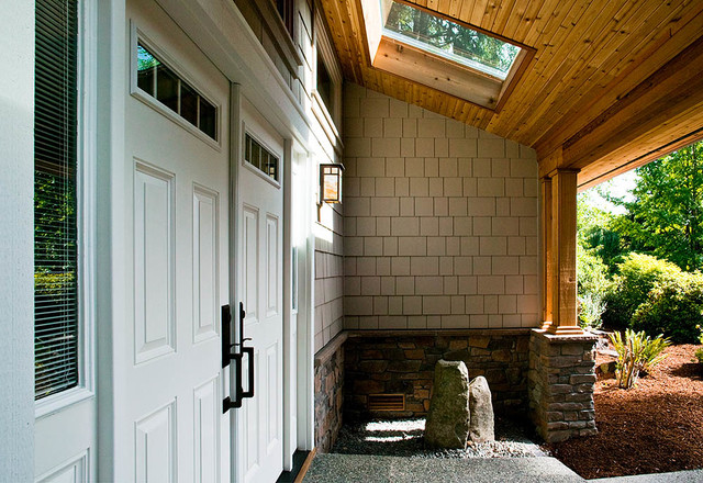 Sammamish Addition and Remodel traditional-entry