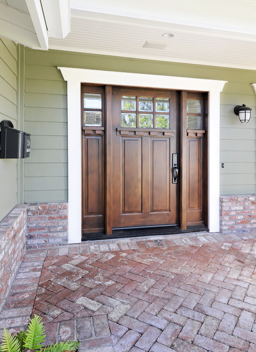 What is the name of the stain for Beautiful wood front doors