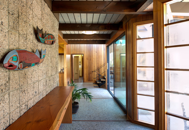 Inspiration for a 1960s entryway remodel in San Francisco