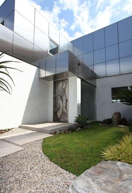 Seaside Cubist contemporary-entry
