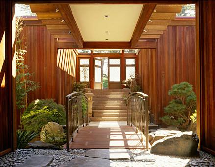 Seaside Residence modern-entry
