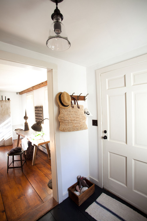 How to create a foyer when you don 39 t have one mrs hines for Modern farmhouse mudroom