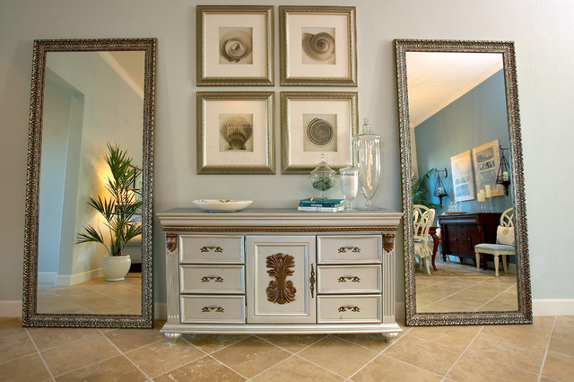 Signature Properties Model Home II traditional-entry