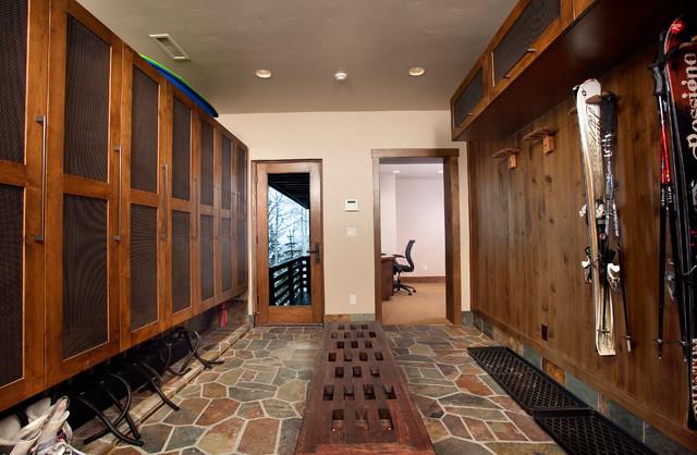 Locker Room | Houzz