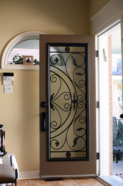 Some examples of finished projects by Lusso Glass front-doors