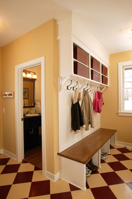 Spacious mudroom with built in bench craftsman entry for Front room storage
