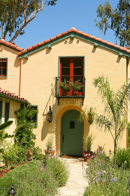 Spanish Colonial Revival In La Canada Flintridge CA