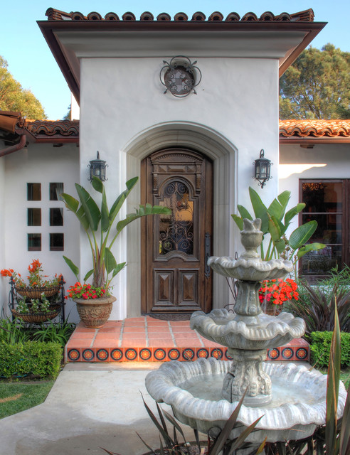 Spanish colonial revival traditional entry los for Spanish style fountains for sale