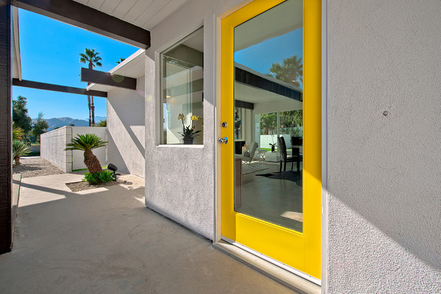 Staging contemporary-entry
