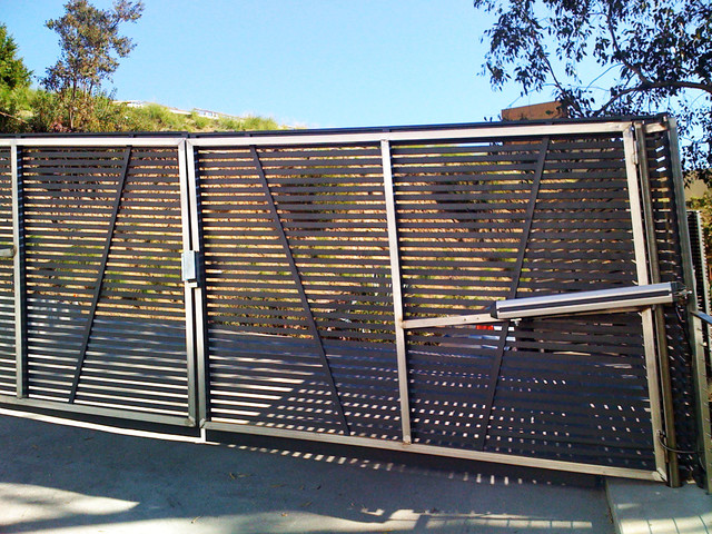 Stainless Steel Gate Motor Hollywood Hills Modern