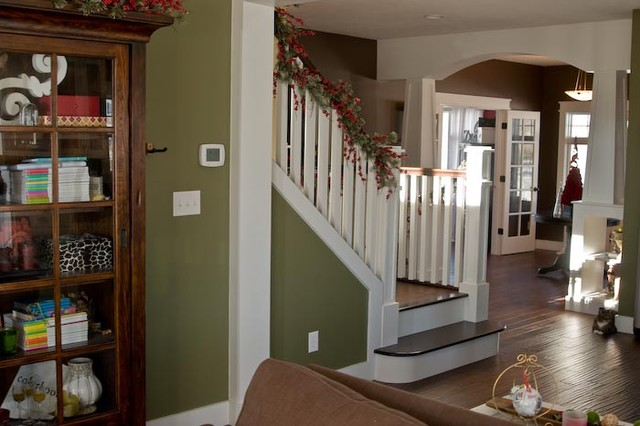 Staircase craftsman-entry