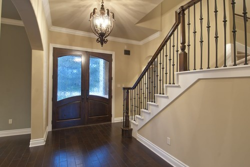 Beautiful foyer what is the paint color please for Foyer paint color decorating ideas