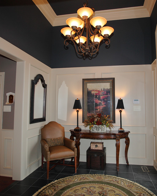 Stoney Creek Main Floor Make-over traditional-entry