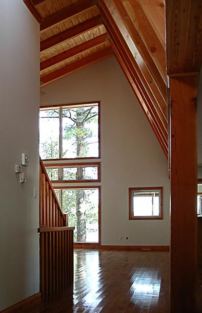 stoney lake residence contemporary-entry