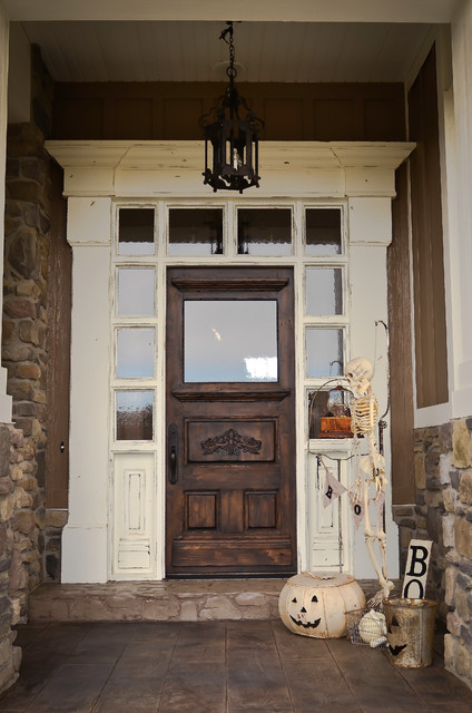 Stunning traditional-entry
