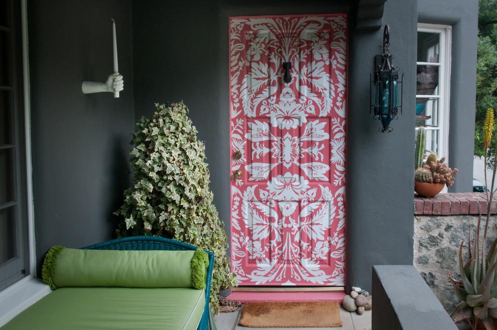 Entryway - eclectic entryway idea in Orange County