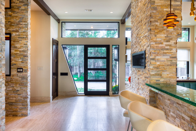 The LeBlanc-Cox Residence contemporary entry