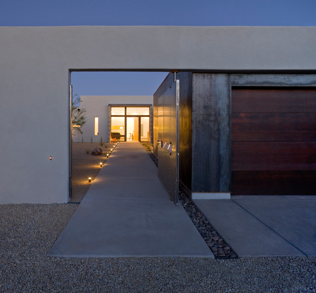 The Six Courtyard Houses Modern Entry Phoenix By