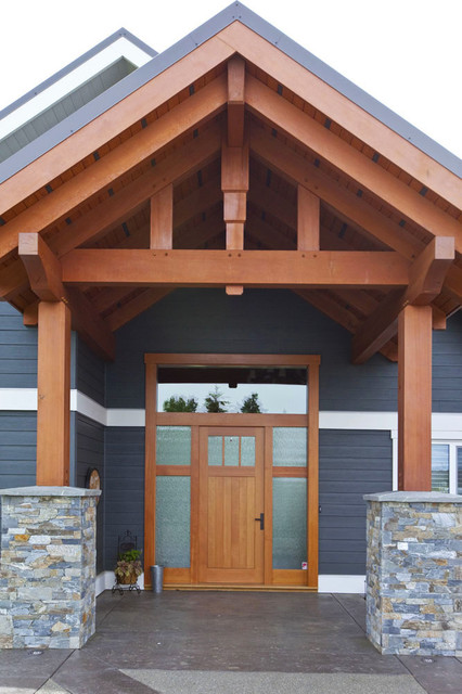 Timber Frame Entry With Custom Fir Door Craftsman