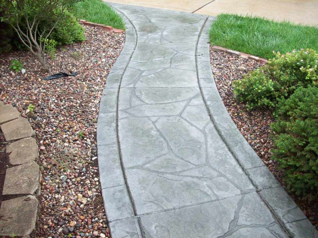Town and Country, Missouri stamped concrete front walkway