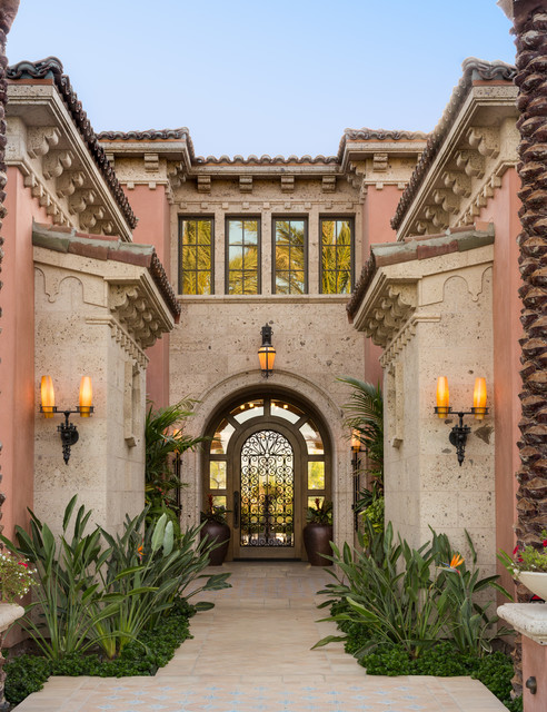 TRADITIONAL ARCHITECTURE Mediterranean Entry