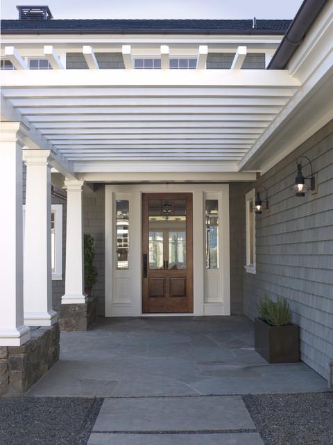 Elegant entryway photo in San Francisco