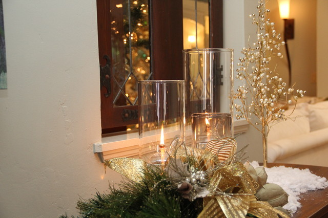 Decorating Ideas > Christmas Decorations  Traditional  Entry  San Diego  ~ 213040_Houzz Christmas Decorating Ideas