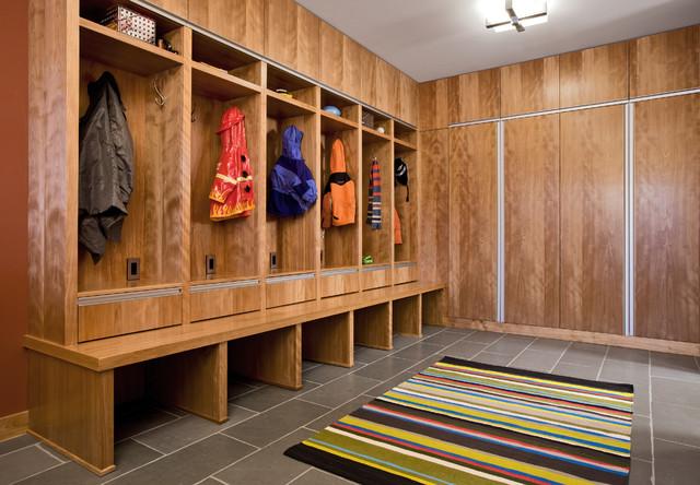 Tyrol Hills Modern contemporary-entry