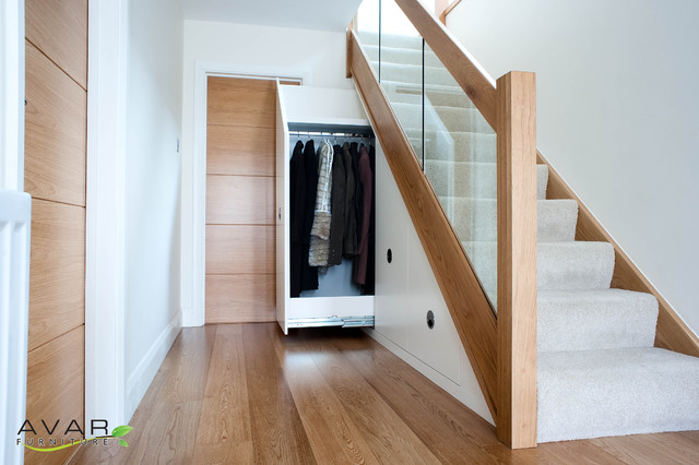 Under stairs storage - Modern - Entry - london - by Bespoke Fitted Furniture London | Avar Furniture