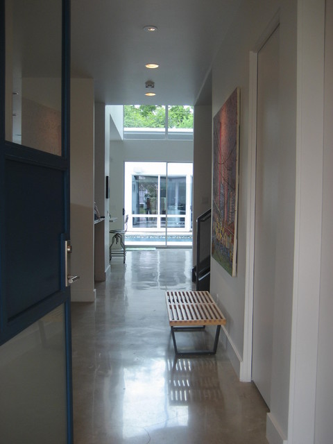 Upper Kirby-Contemporary contemporary-entry