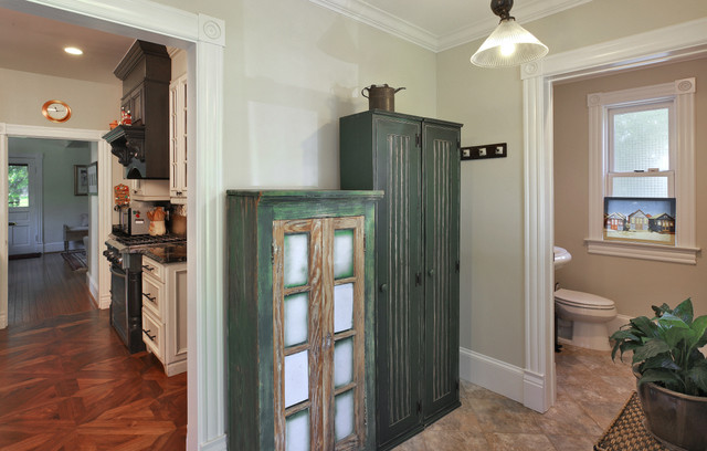 Upton Architecture, LLC eclectic-entry