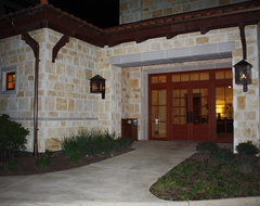 UT Golf Clubhouse traditional-entry