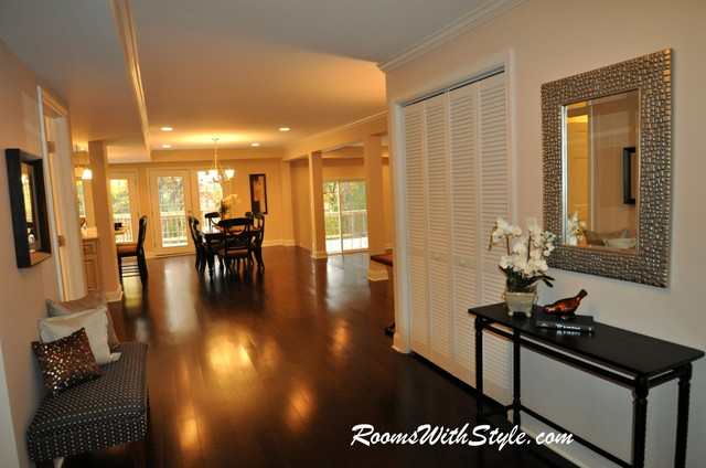 Vacant/Model Home Staging eclectic-entry