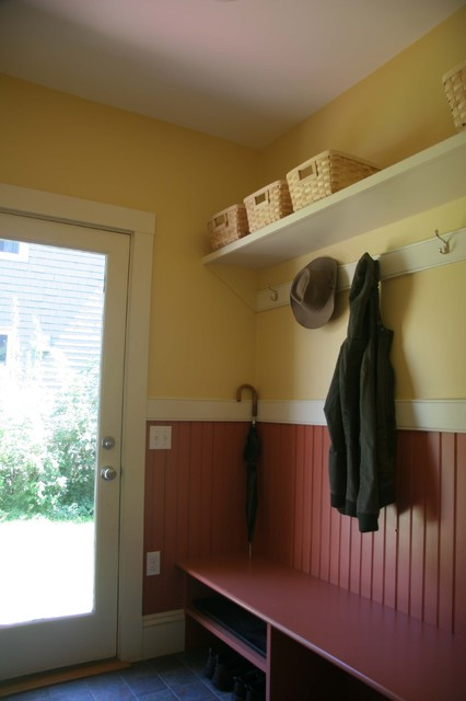 Wainscot in mudroom eclectic-entry