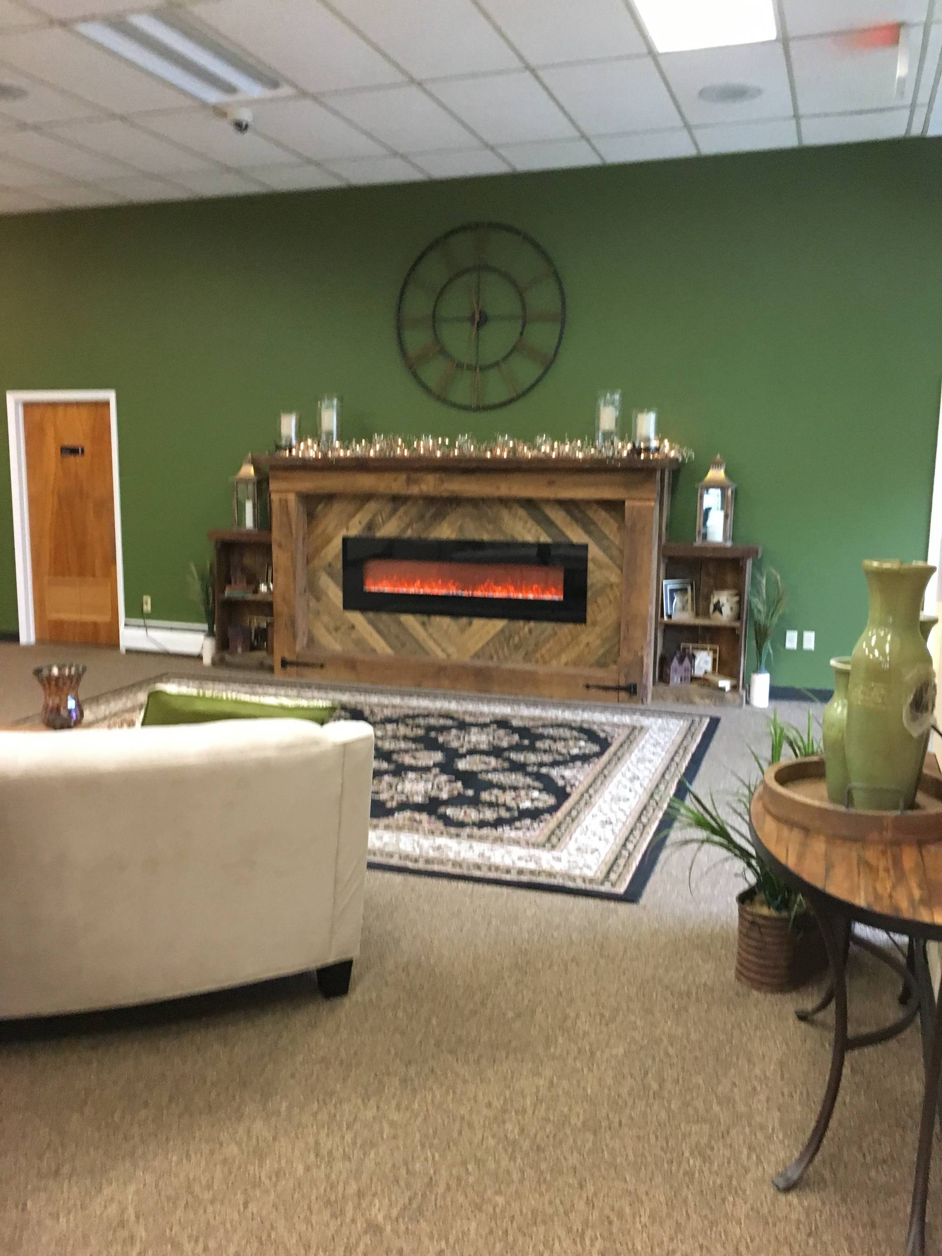 Warm and Welcoming Office Space Design