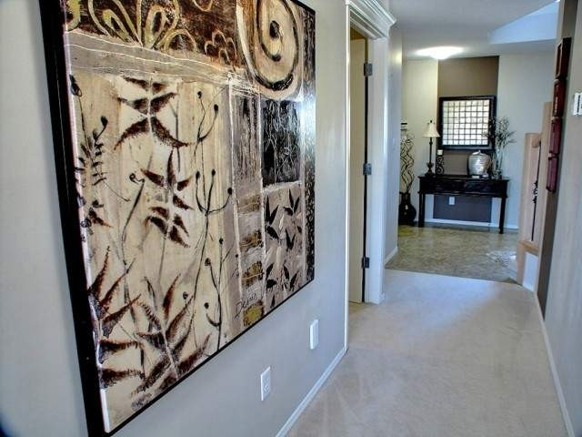 welcome entry way contemporary-entry
